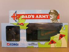 CORGI CLASSICS DAD'S ARMY BEDFORD O SERIES VAN & HODGES FIGURE MODEL 18501 1:50