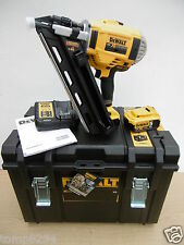 DEWALT DCN692P2 XR 18V 1ST FIX NAILER 5 AH KIT IN LARGE TOUGH CASE