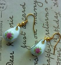 CUTE VINTAGE STYLE PORCELAIN ALICE TEAPARTY PINK TEACUP EARRINGS