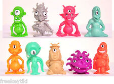 "9 Retro Oh No! Aliens UFO B Movie Set Toys Party Favors 1.5"" Figures Figurines"