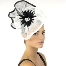 L@@K Ladies JENDI WHITE & BLACK Formal Spring Racing Derby Fascinator Headband