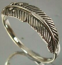 925 Sterling Silver Feather Ring US 6 3/4  AU N oxidised 5.5mm Centre 1.7mm Band