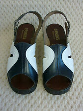 ORIGINAL VINTAGE 1980S LADIES NAVY / WHITE SANDALS BY CANDIES MADE IN ITALY S 5