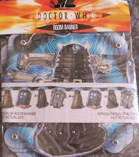 1x Dr Who & The Daleks Themed Cardboard Party Banner.