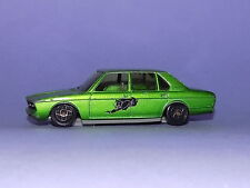 *****  DINKY  *  NO 502  *  METALLIC GREEN BMW 530  *  1:43 SCALE  *****