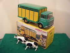 """French Dinky No: 577 """"Berliet Betaillere With 2 Cows"""" - Green (RARE)"""