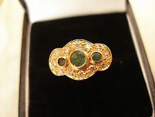 18 CARAT GOLD EMERALD & DIAMOND CLUSTER RING BRAND NEW IN BOX