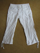 Low Rise White Cropped Linen Blend H&M Trousers in Size 6 - L22
