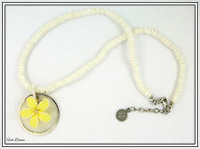 ICON BY ANIMAL. PRETTY YELLOW FIMO FLOWER & WHITE SHELL PENDANT NECKLACE (16)