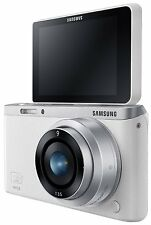New Boxed Samsung NX Mini Smart WiFi NFC Mirrorless Camera White + 9-27mm Lens