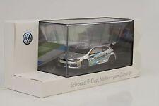 Volkswagen Scirocco R-Cup #20 Zubehör 1:43 Spark Dealer