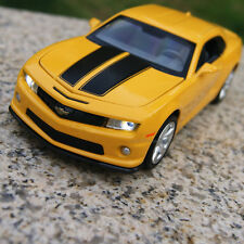 Chevrolet Camaro Alloy Diecast 1:32 Car Model Sound & Light Toys Gifts Yellow