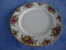 royal albert old country roses dinner plate  england