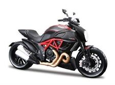 DUCATI DIAVEL CARBON - 1:18 Die-Cast Motorbike Model by Maisto - New