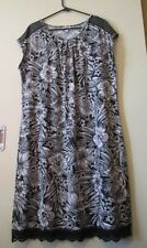 NWOT Millers Ladies Black & White Floral Boho Shift Dress Size 20