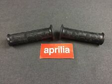 New Genuine Aprilia Scarabeo Handgrip Pair, Black AP8218173 (MT)