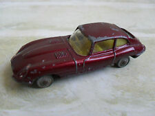 HUSKY MODELS  - E TYPE JAGUAR  - MODEL CAR - made in great britain