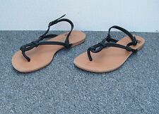 New Look Black Flat Sandals with Toe Post Size 5/38
