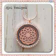 MAKING MEMORIES  locket Rose Gold plated FLOWER Design with 45 cm necklace