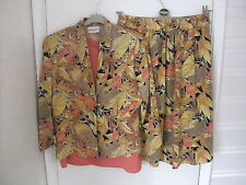 RITCHARDS LADIES 2 PEICE SUIT & M & S SLEVELESS TOP