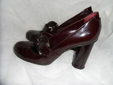 BURBERRY WOMEN'S BURGUNDY PATENT LEATHER BUCKLE SHOE  SIZE UK 6.5 EU 40