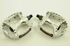 """BMX ALLOY BEAR TRAP PEDALS STRONG CR-MO AXLE 1/2"""" FOR ONE PIECE CRANK BARGAIN"""