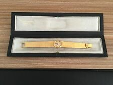 Patek Philippe Ladies Vintage 18K Gold With Original Case in Amazing Condition.