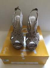 SPORTSGIRL - ANIMAL PRINT WEDGE SIZE 10