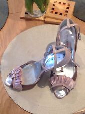 Karen Millen leather and satin peep toe court shoes in size 5(38)