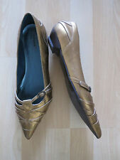 Womens Size EU39/UK6 Gold Shoes from Bronx