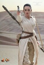 REY Hot Toys 1/6 Figure Star Wars Force Awakens DAISY RIDLEY IN STOCK - REDUCED!