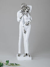 Moderne und exklusive Skulptur Liebespaar aus Keramik weiß/silber Höhe 42 cm