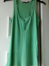 Atmosphere size 8 green sleeveless top