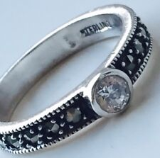 925 Sterling Silver Round Cut Marcasite Gem Band Ring 2.9g Size O