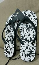New Black & White THONG PRINT bathing shoes sandals size 38 or 7.5