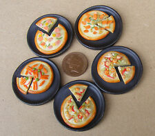1:12 Single Pizza On A Stone Plate Dolls House Miniature Food Kitchen Accessory