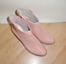 NEW Clarks womens cow girl western dusty pink leather pull on boots size 6
