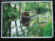 POSTCARD MONMOUTHSHIRE & BRECON CANAL