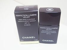 Chanel Perfection Lumiere Velvet Smooth-Effect Makeup #20 beige