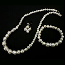 Short Pearl Necklace 45cm With Free Bracelet and Earrings (OFF WHITE)