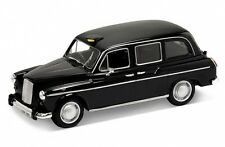 Welly Austin FX4 London Taxi Cab 1/43 Scale Model New