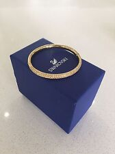 Swarovski stone mini bangle, gold.
