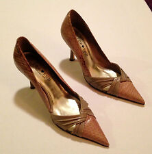 Top End, Neutral Leather Heels with Pointed Toe, Size 37 - Elongate your legs!