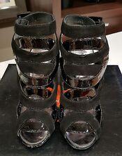 Karen Millen black leather/ suede heels - size 37