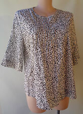 Target plus size 18 black white print cotton top  3/4 sleeve