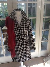 Mexx wool coat vintage houndstooth black & white size 10 with belt