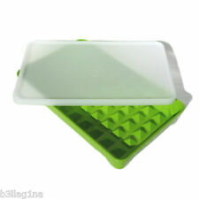 Tupperware Hot Dog Keeper Store Sausages Frankfurters Hot Dogs Green / Sheer NEW