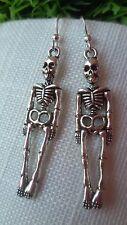Skelett Knochenmann versilberte Ohrringe Skull Silber Gothik Biker Halloween