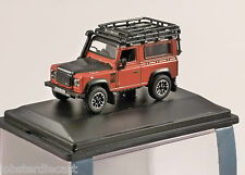 LAND ROVER DEFENDER Adventure in Orange - 1/76 scale model OXFORD DIECAST