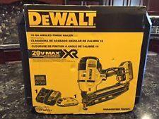 NEW DEWALT DCN660D1 20V MAX CORDLESS 16GA 20 DEG ANGLED FINISH NAILER KIT SALE